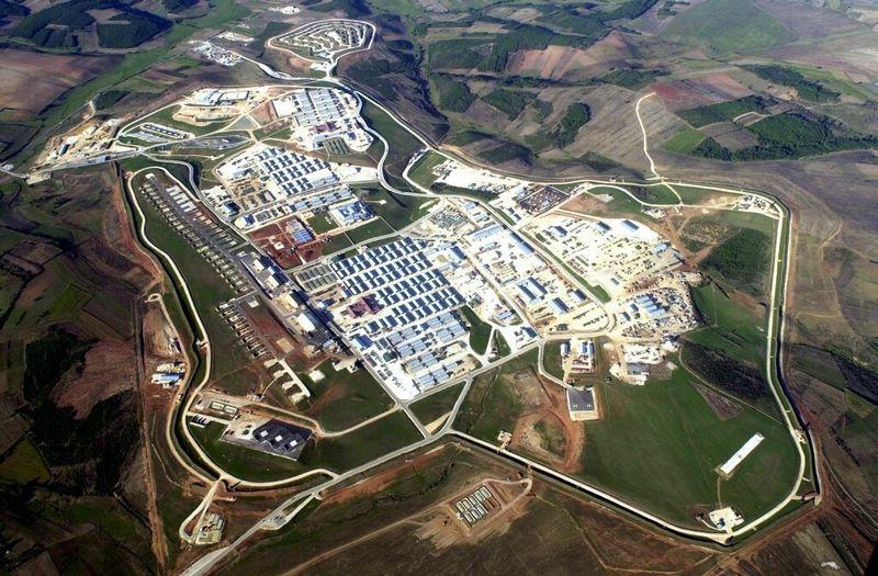 Bond_Steel_Kosovo