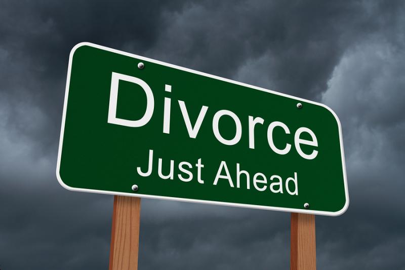 Bigstock-Divorce-Just-Ahead-Sign-77415335
